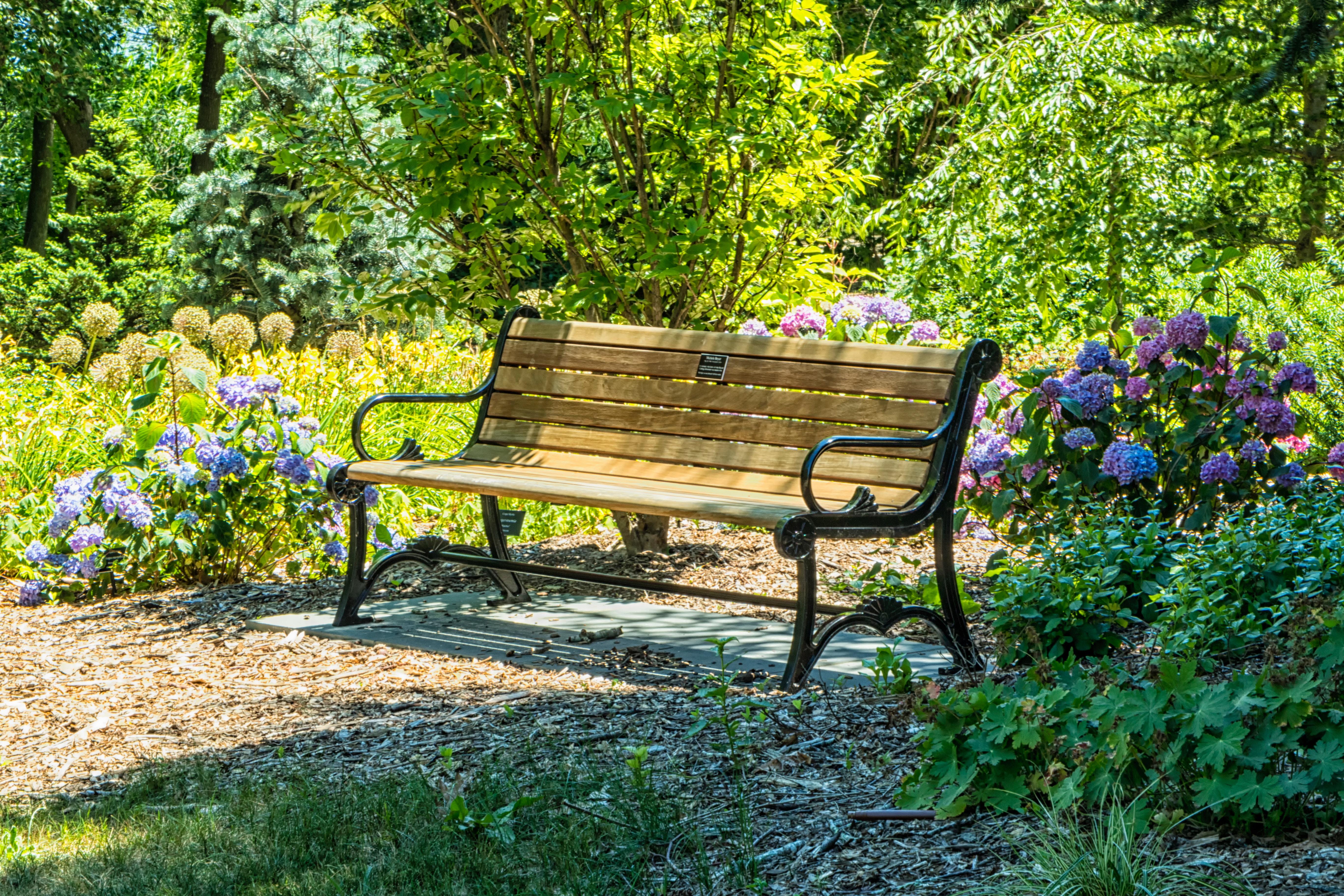 Gartenmobel Reinigen 9 Tipps Zur Pflege Von Alu Holz Und Edelstahl Gartenzuhause